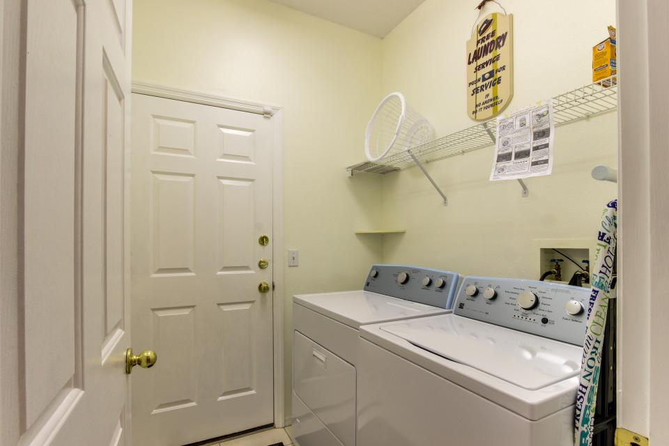 Sunshine's Happy Pool Home  - Davenport Vacation Rental - Photo 21