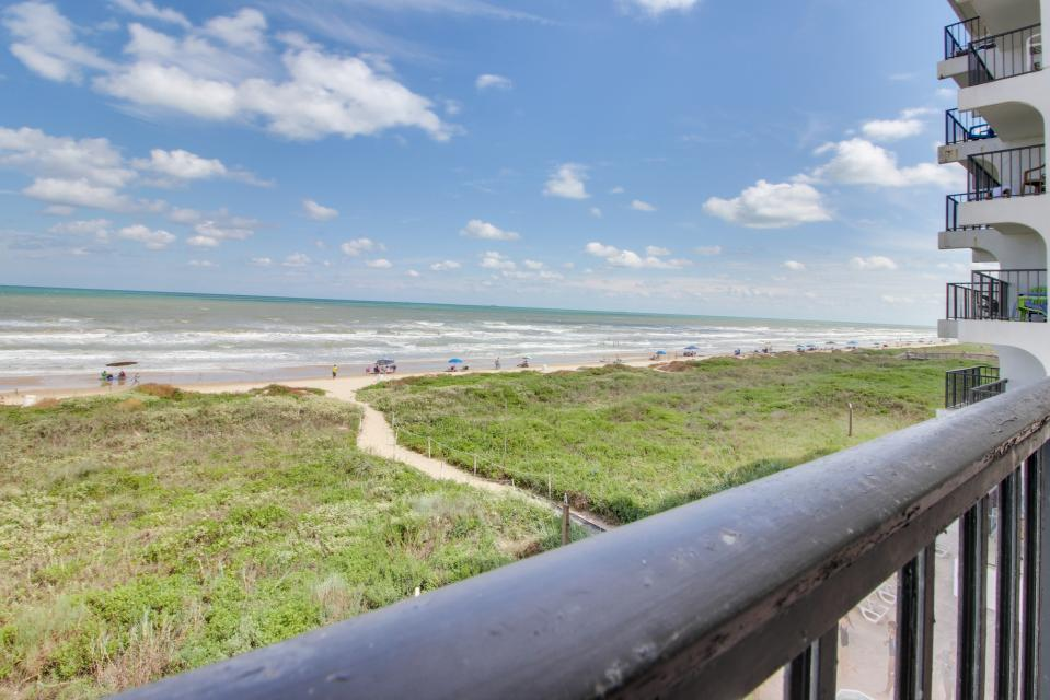 Florence ii 304 2 bd vacation rental in south padre for Cabin rentals south padre island tx