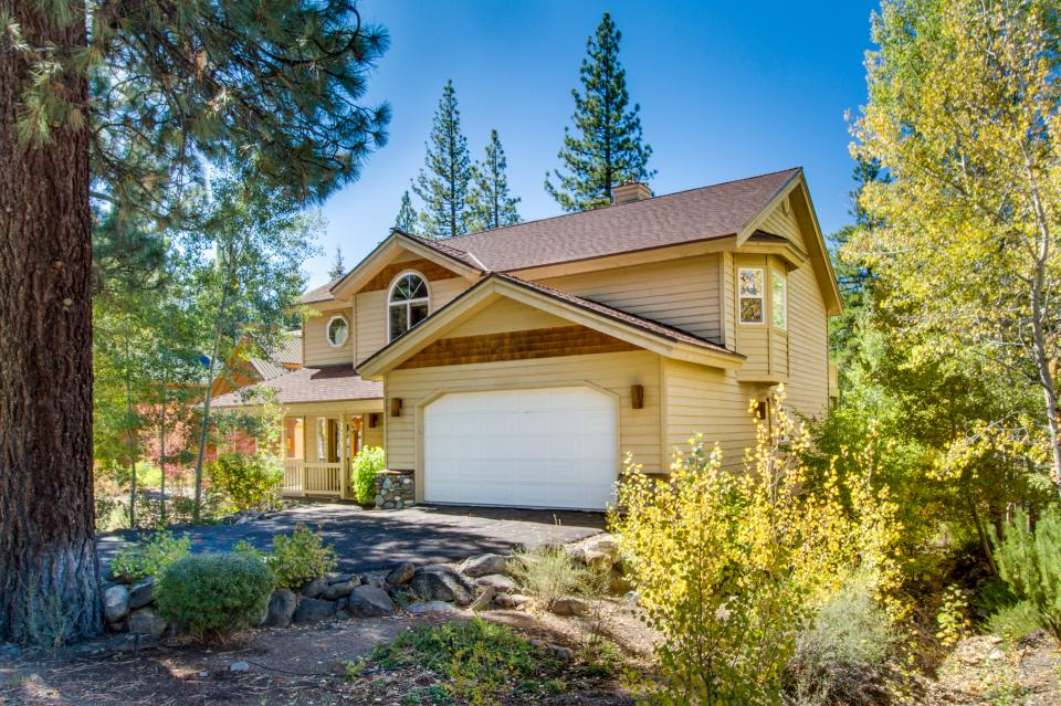 Northstar Family Home on the 18th Fairway - Truckee - Take a Virtual Tour