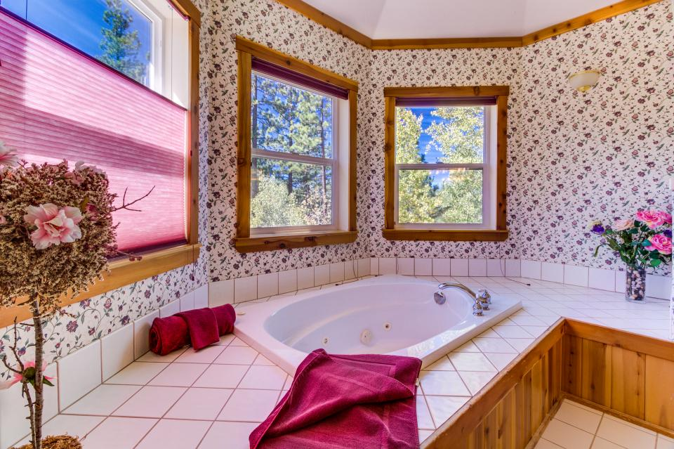 Northstar Family Home on the 18th Fairway - Truckee Vacation Rental - Photo 12