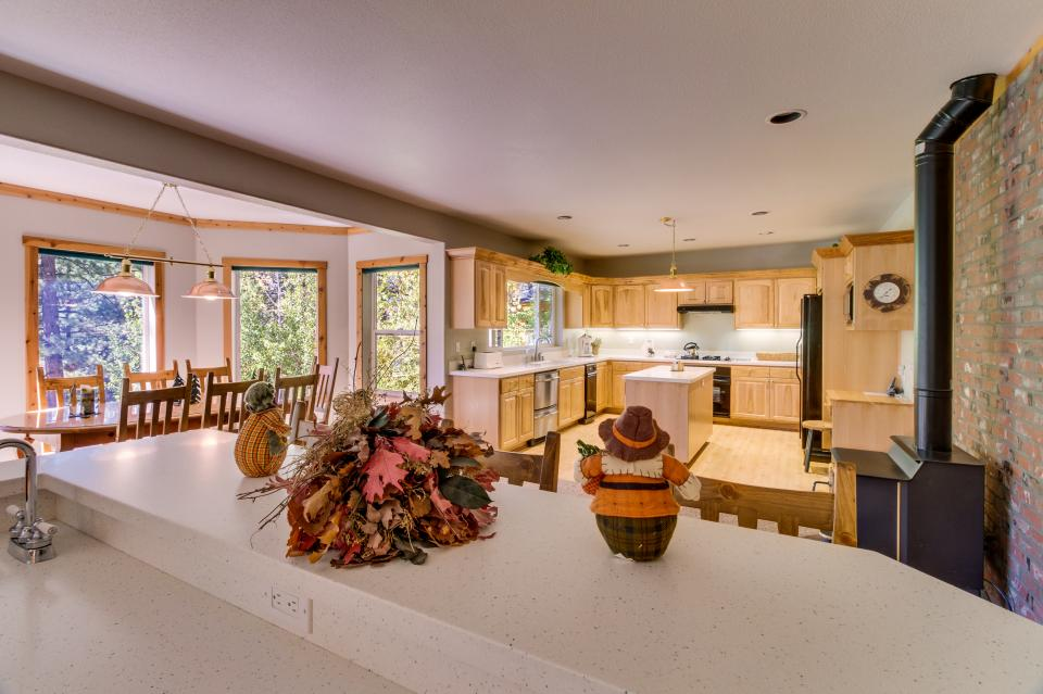 Northstar Family Home on the 18th Fairway - Truckee Vacation Rental - Photo 8