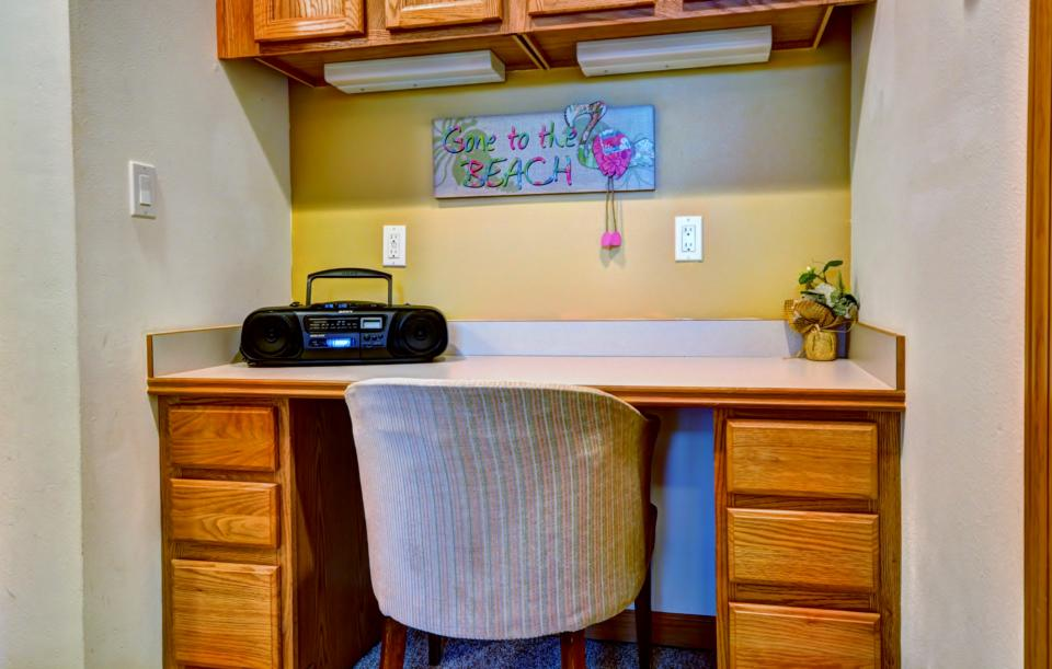 Edgewood Escape 2 Bd Vacation Rental In Seaside Or Vacasa