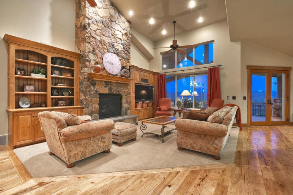 Lone Eagle Ranch - Kamas Vacation Rental - Photo 10