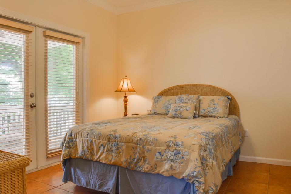 Hemingway Hideaway | 3 BD Vacation Rental in Key West, FL | Vacasa
