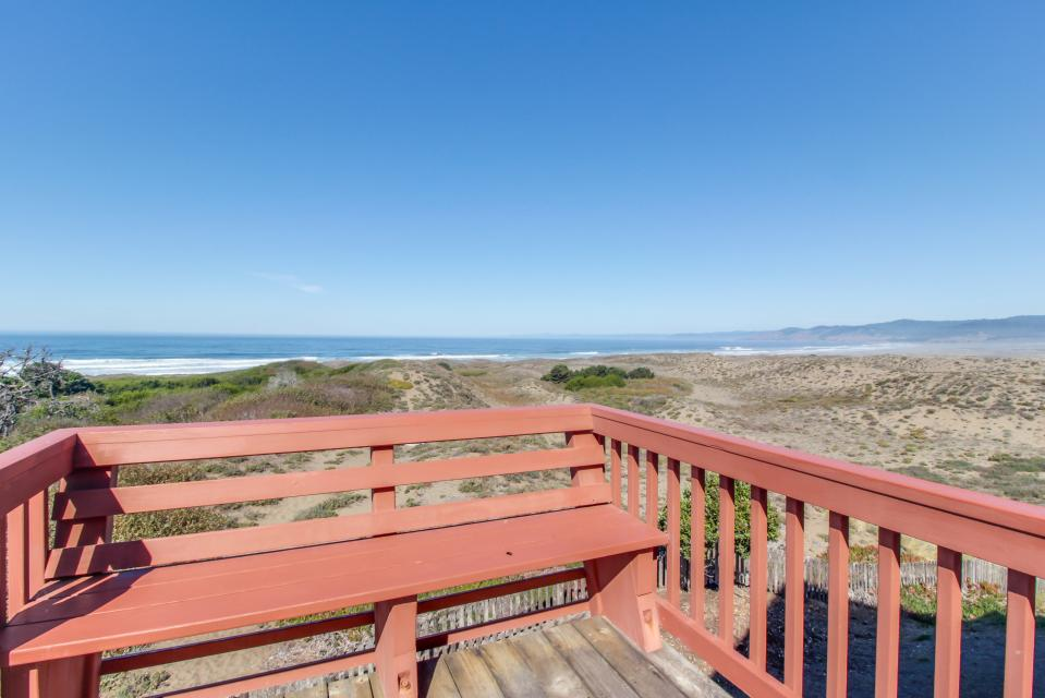 Sandborn - Fort Bragg Vacation Rental - Photo 2