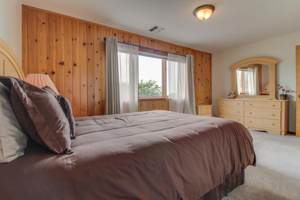 Sandborn - Fort Bragg Vacation Rental - Photo 17