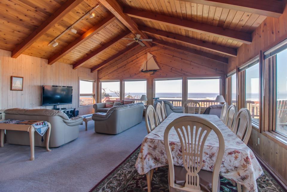 Sandborn - Fort Bragg Vacation Rental - Photo 4