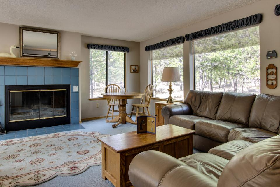 6 Flat Top - Sunriver Vacation Rental - Photo 3
