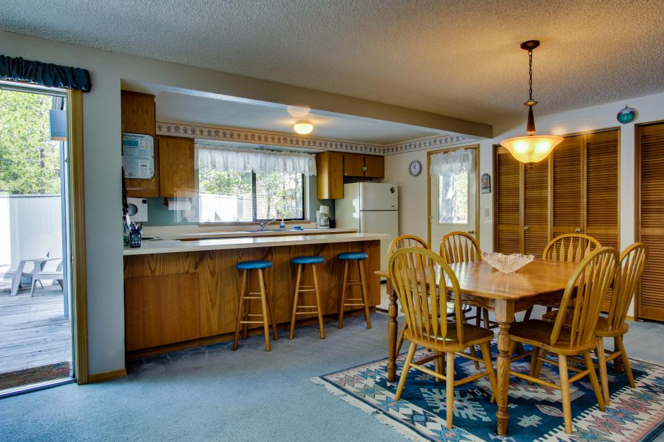 6 Flat Top - Sunriver Vacation Rental - Photo 5