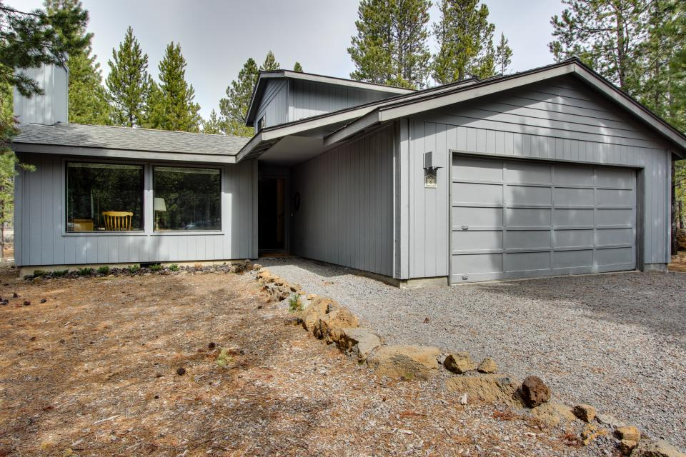 6 Flat Top - Sunriver Vacation Rental - Photo 2