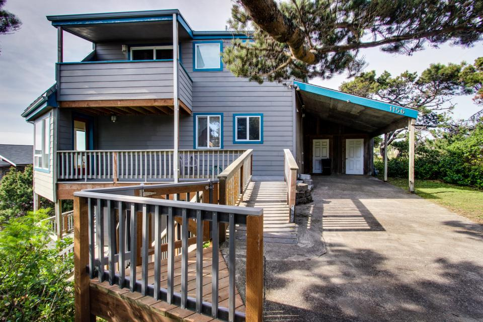 The Yaquina House - Newport Vacation Rental - Photo 2