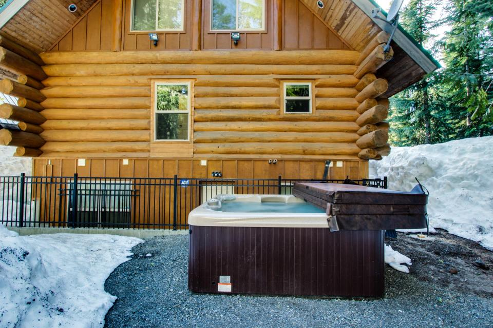 Big Bear Cabin and Little Bear Cabin - Government Camp Vacation Rental - Photo 23