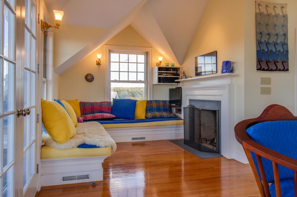 Beauty and the Beach on Chapoquoit Island  - Falmouth Vacation Rental - Photo 6