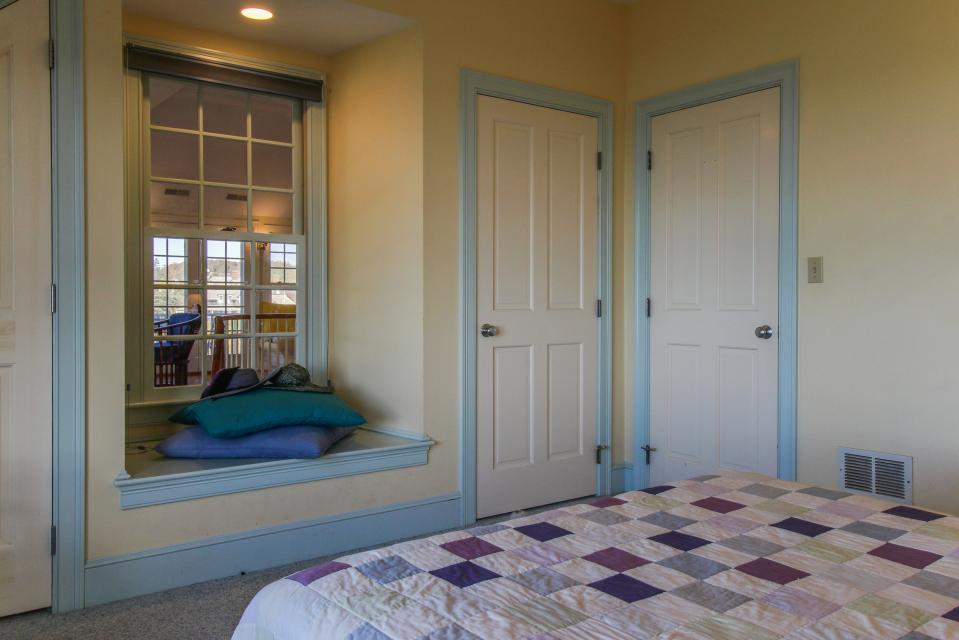 Beauty and the Beach on Chapoquoit Island  - Falmouth Vacation Rental - Photo 29