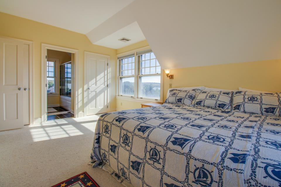 Beauty and the Beach on Chapoquoit Island  - Falmouth Vacation Rental - Photo 17
