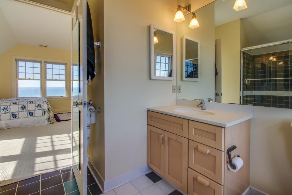 Beauty and the Beach on Chapoquoit Island  - Falmouth Vacation Rental - Photo 18