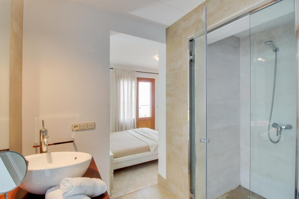 Villa Alcanada - Alcudia Vacation Rental - Photo 16