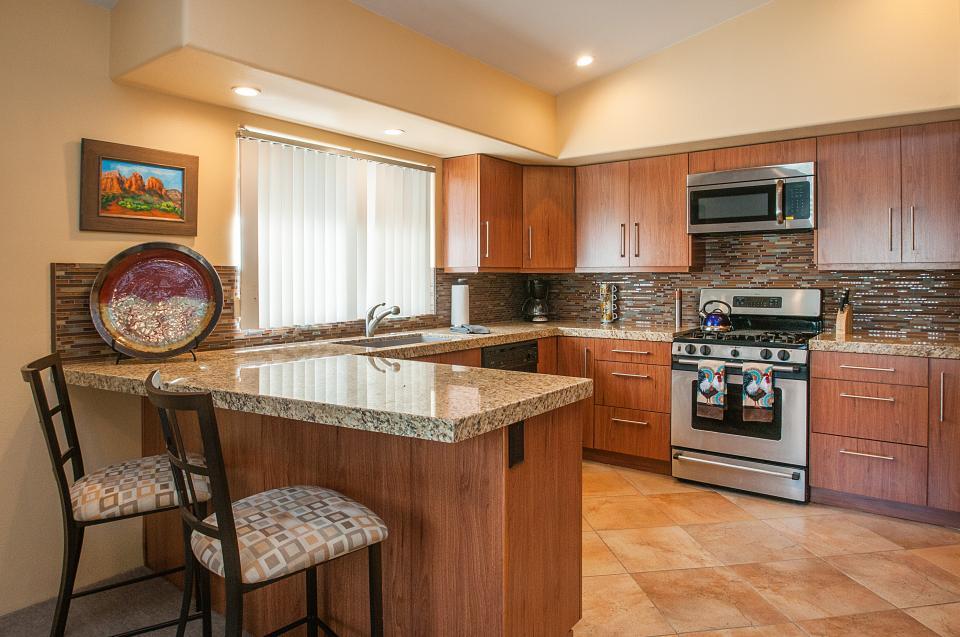 Remodeled Designer Home - La Quinta Vacation Rental - Photo 8