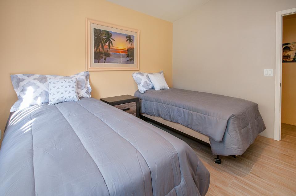 Remodeled Designer Home - La Quinta Vacation Rental - Photo 20