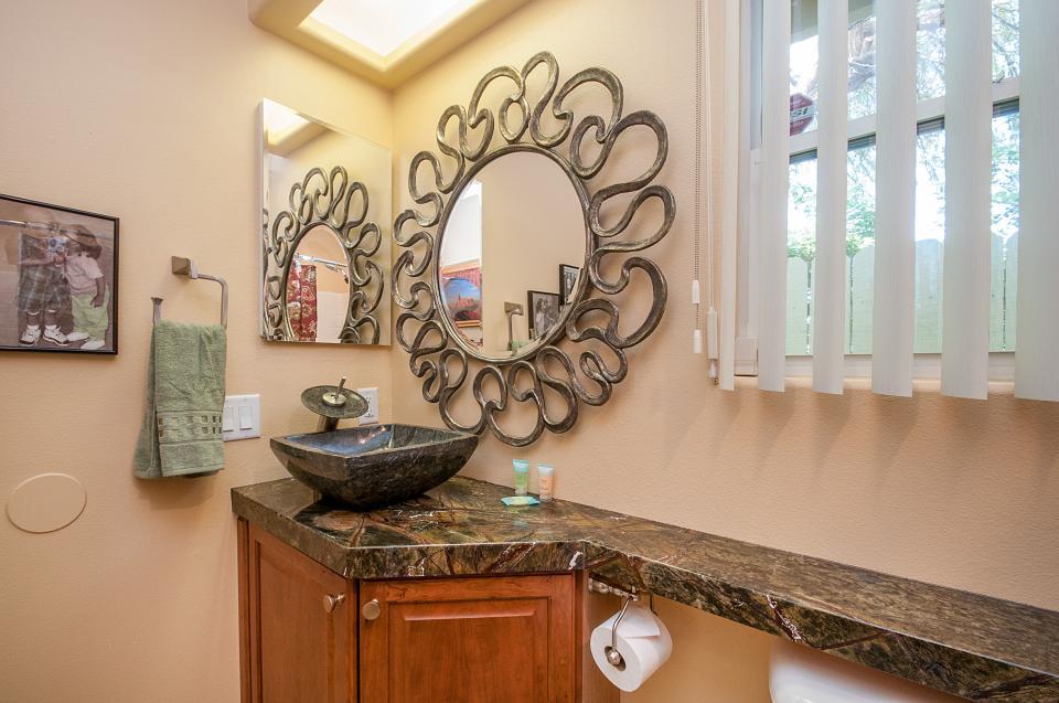 Remodeled Designer Home - La Quinta Vacation Rental - Photo 22