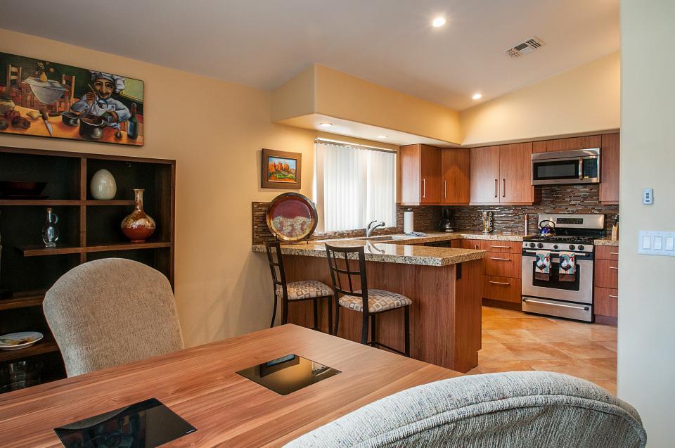 Remodeled Designer Home - La Quinta Vacation Rental - Photo 6