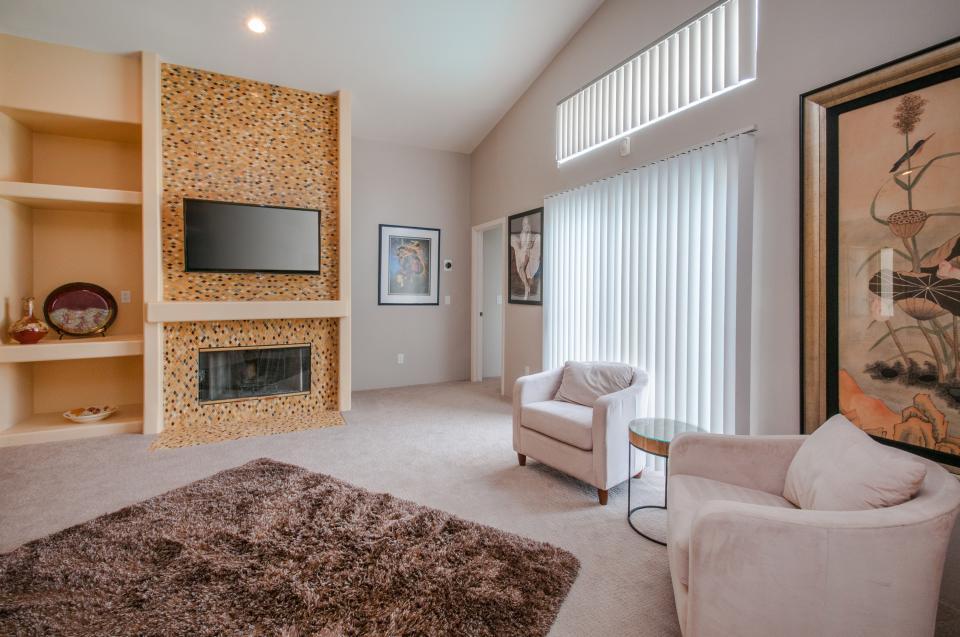 Remodeled Designer Home - La Quinta Vacation Rental - Photo 4