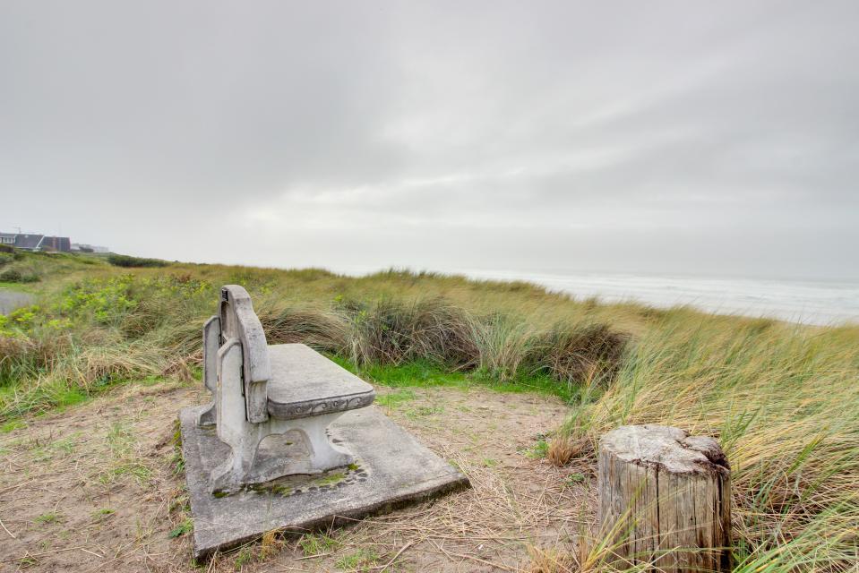 Second Tide - Oceanview Cottage - Rockaway Beach Vacation Rental - Photo 22