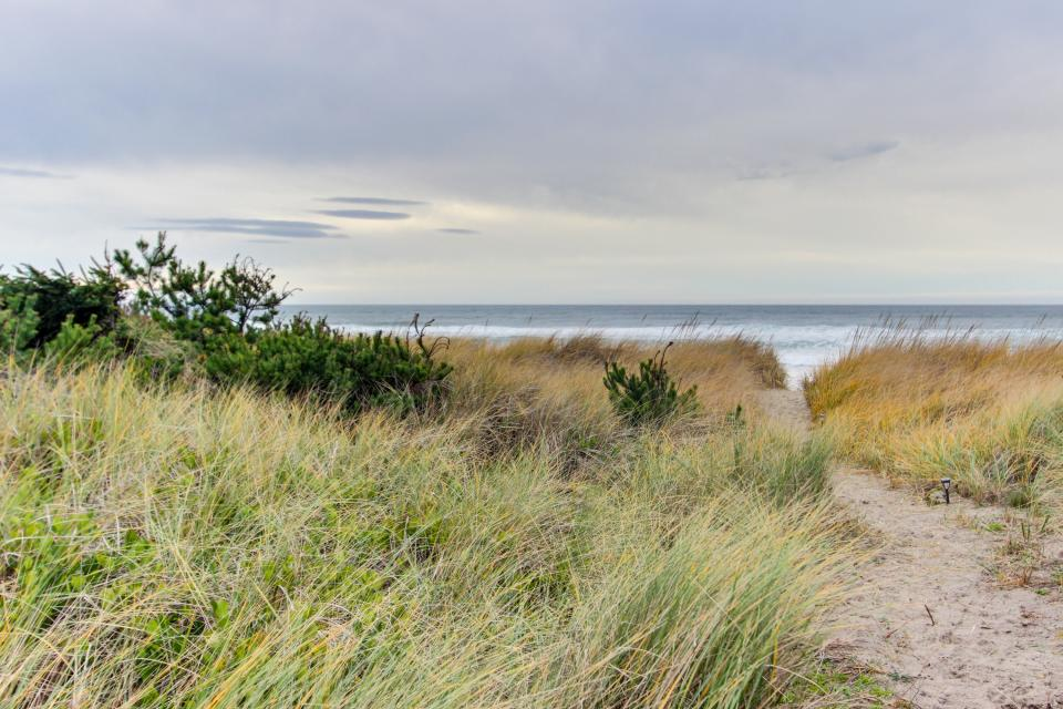 Second Tide - Oceanview Cottage - Rockaway Beach Vacation Rental - Photo 21