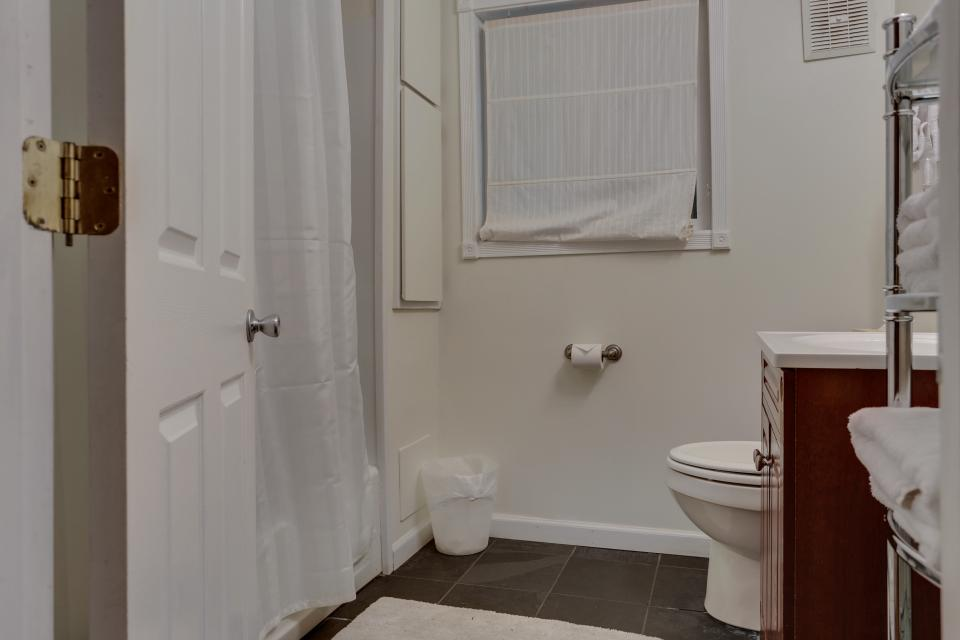Mount Hood Cabin - Rhododendron Vacation Rental - Photo 14