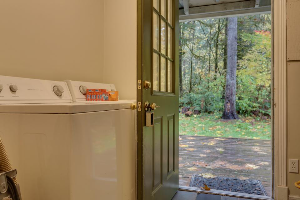 Mount Hood Cabin - Rhododendron Vacation Rental - Photo 24