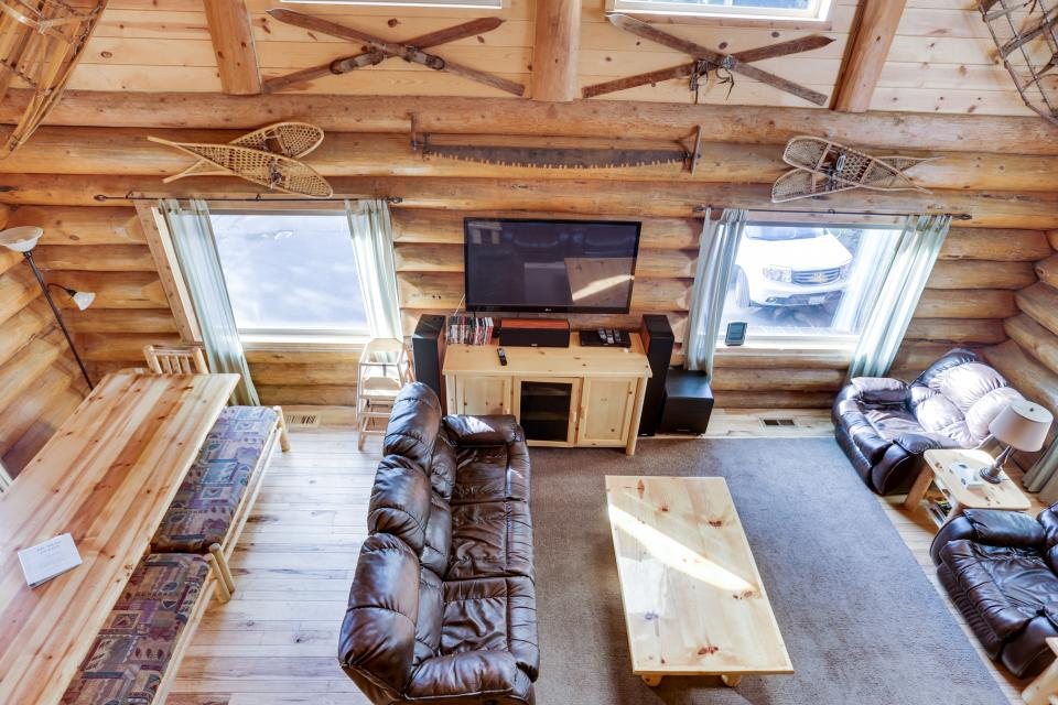 Big Bear Cabin and Little Bear Cabin - Government Camp Vacation Rental - Photo 24
