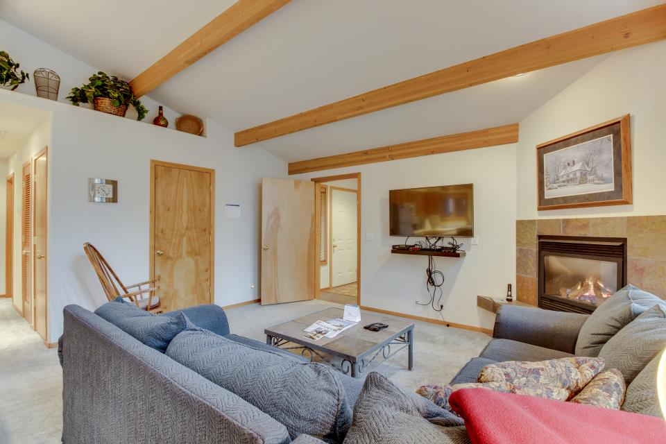 4 Jay Lane - Sunriver Vacation Rental - Photo 6