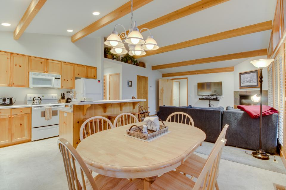4 Jay Lane - Sunriver Vacation Rental - Photo 11