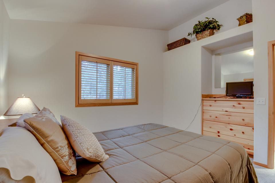 4 Jay Lane - Sunriver Vacation Rental - Photo 17