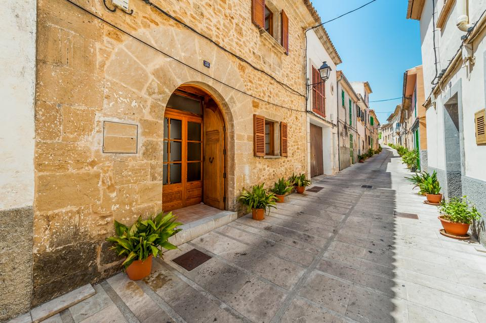 Ses Muralles Boutique House - Alcudia Vacation Rental - Photo 1