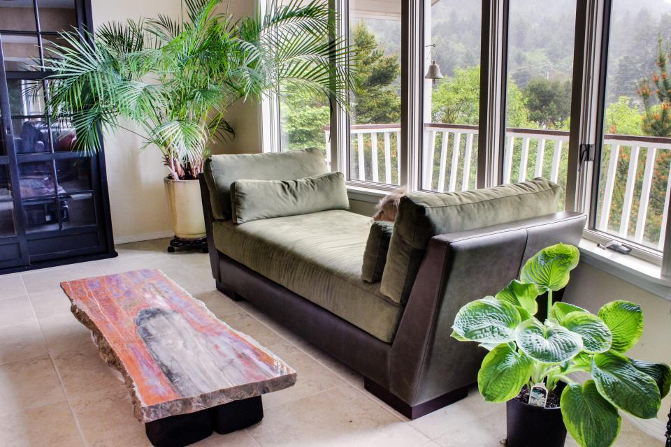 Hidden Luxury Beachfront Estate - Yachats Vacation Rental - Photo 13