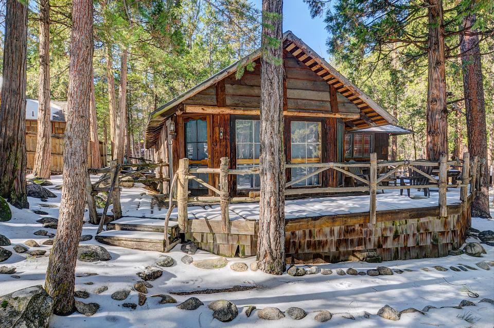 Twin Tree Lodge - Idyllwild Vacation Rental - Photo 23