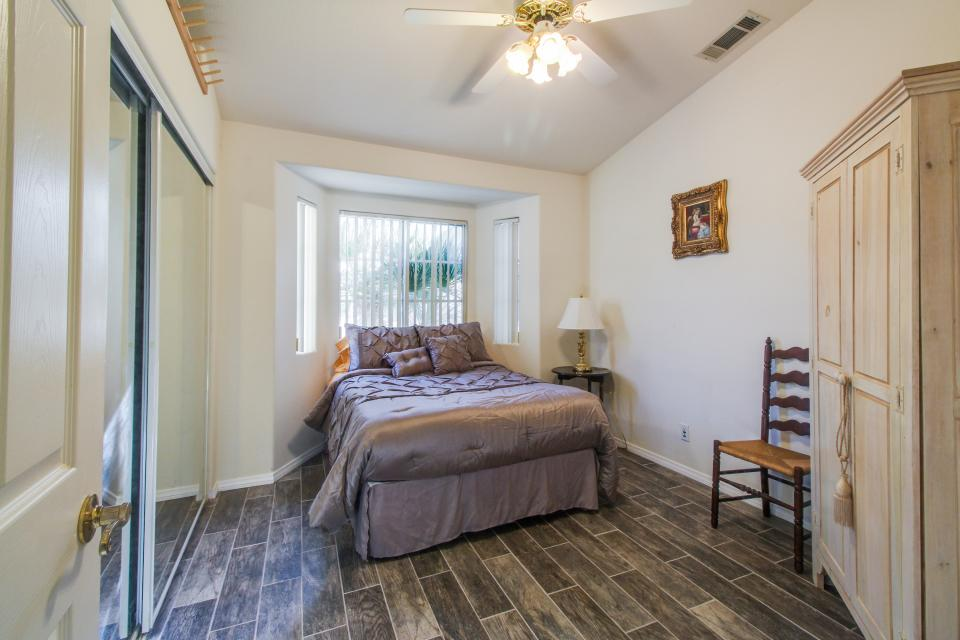 Mountain View Retreat - Cathedral City Vacation Rental - Photo 17