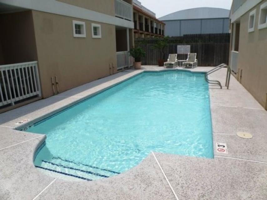 La perla condo 4 2 bd vacation rental in south padre for Cabin rentals south padre island tx