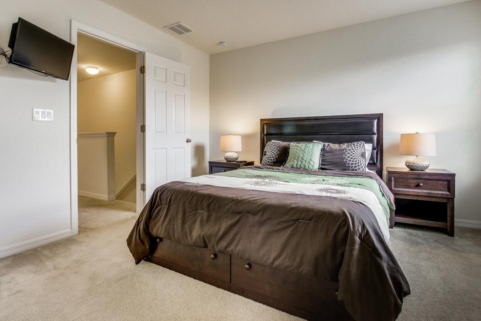 Winter Escape - Kissimmee Vacation Rental - Photo 11