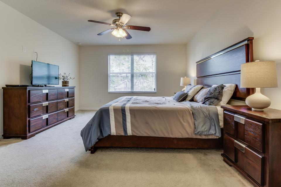 Winter Escape - Kissimmee Vacation Rental - Photo 9