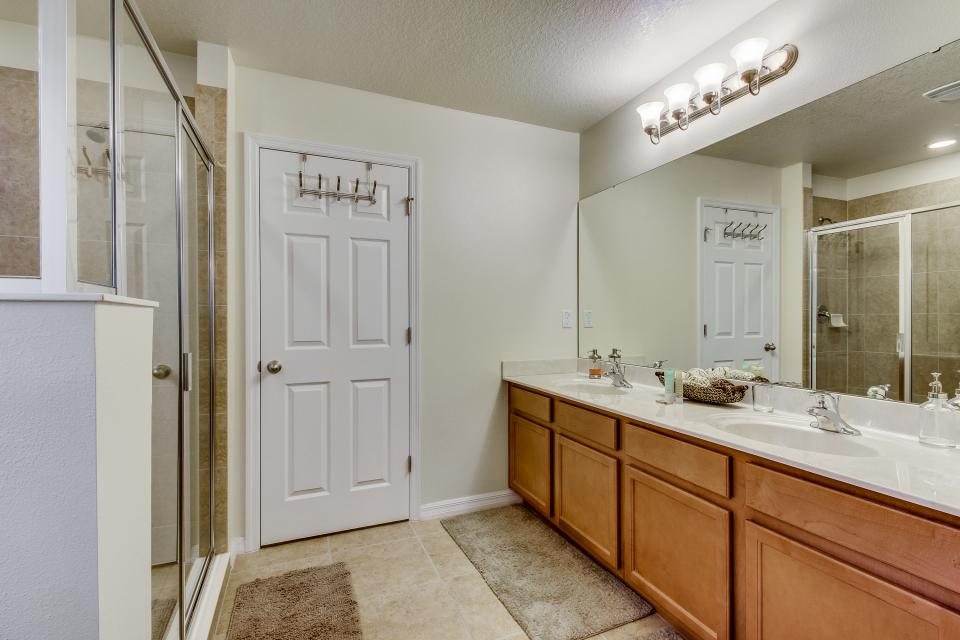Winter Escape - Kissimmee Vacation Rental - Photo 8