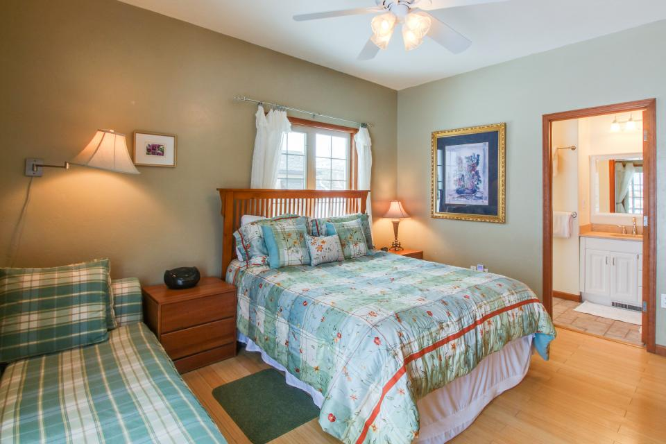 The Timberwolf on Cotton Ranch - Gypsum Vacation Rental - Photo 23
