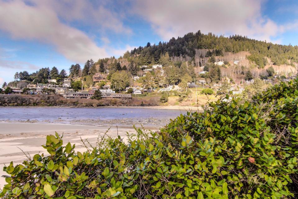 Ocean Cove - Yachats Vacation Rental - Photo 35