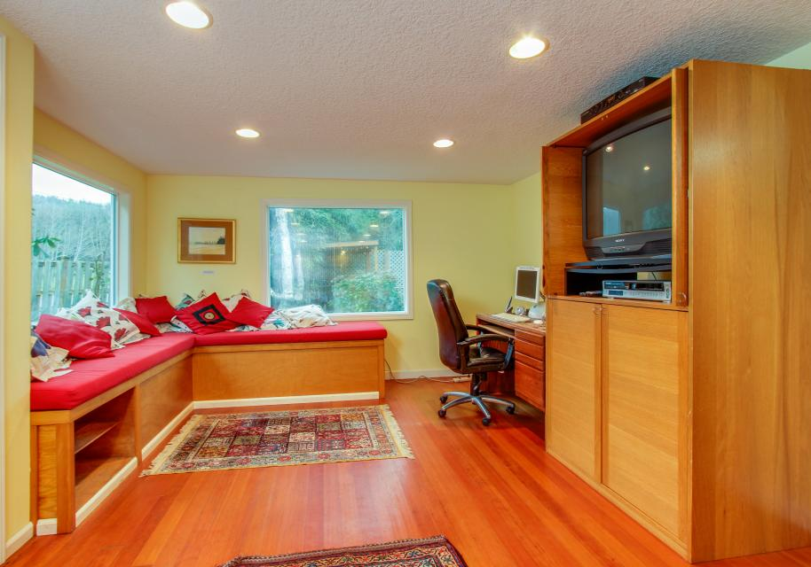 The Whalen House - Pacific City Vacation Rental - Photo 9