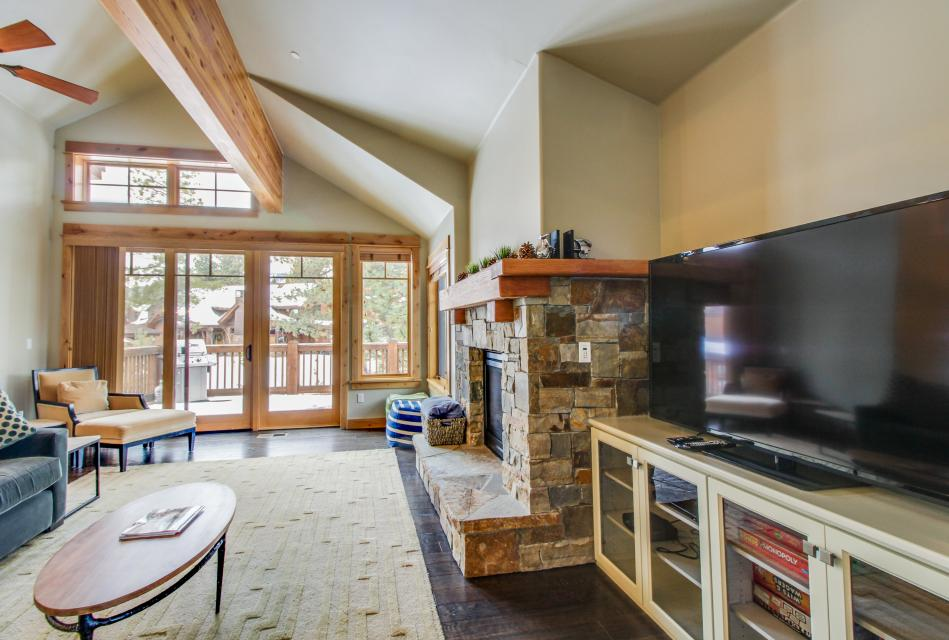 Valmont Manor - Truckee Vacation Rental - Photo 5