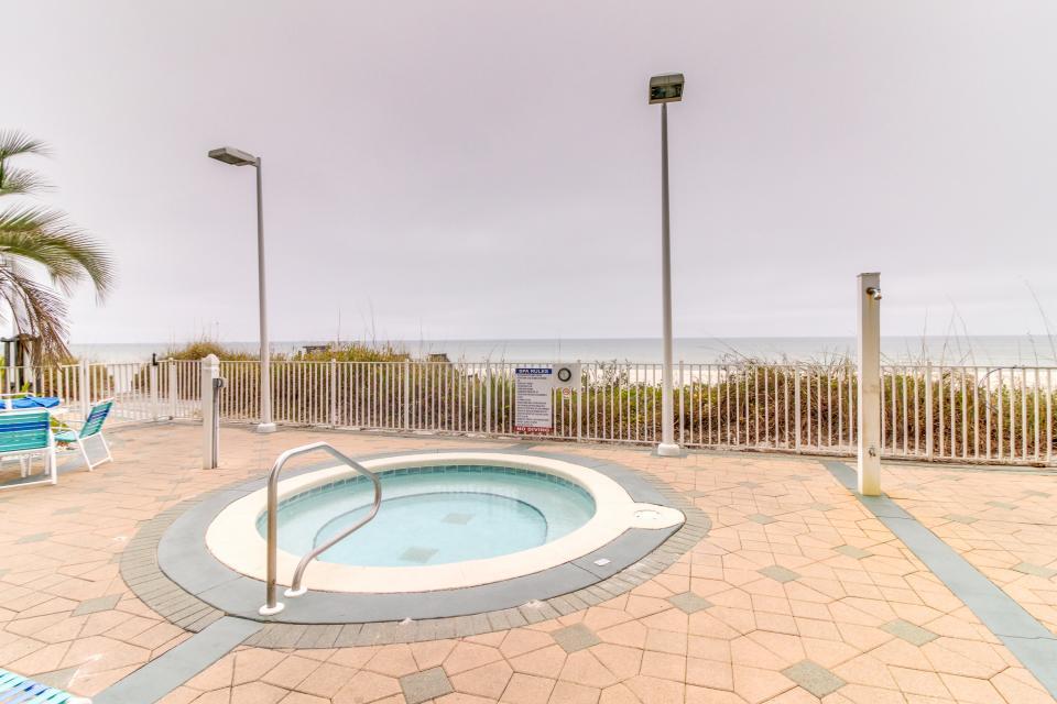 Boardwalk 2212 Studio - Panama City Beach Vacation Rental - Photo 3