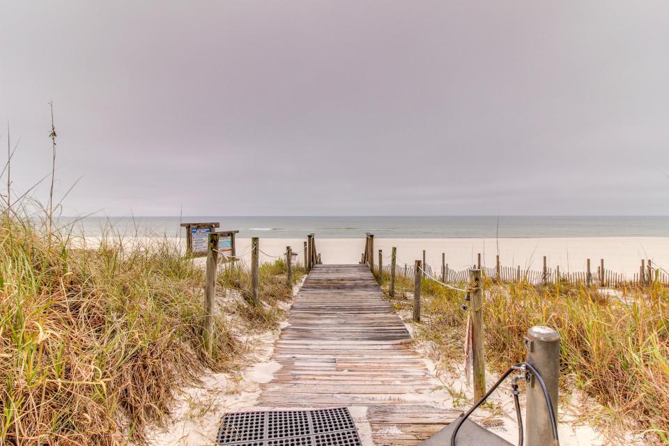 Boardwalk 2212 Studio - Panama City Beach Vacation Rental - Photo 16