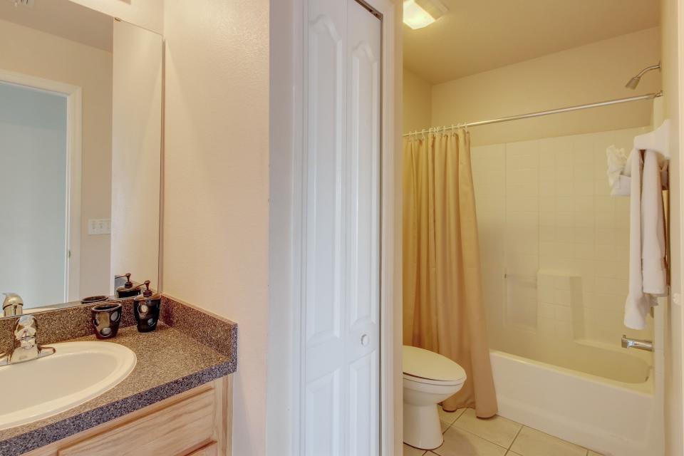 Florida Ridge Villa - Davenport Vacation Rental - Photo 17