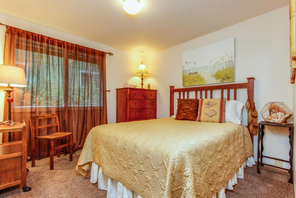 Pacific Dorado Beach House  - Depoe Bay Vacation Rental - Photo 15